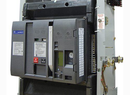 insulate case circuit breaker